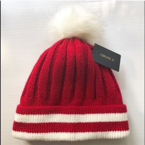 Forever 21 red and cream beanie